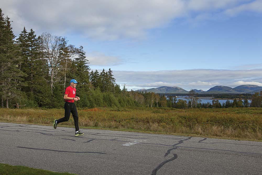 Gary Allen running on Great Cranberry.